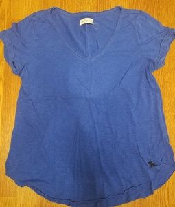 Abercrombie T-Shirt in Bright Blue. V-Neck